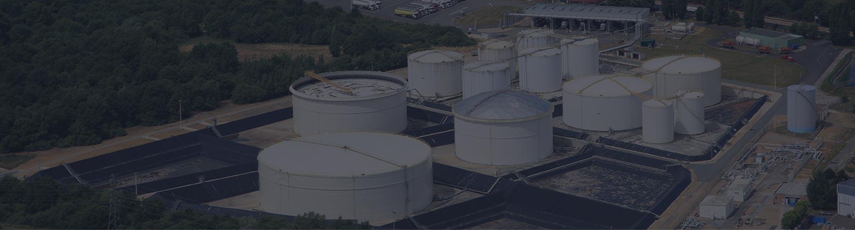 Stockage et mise à disposition de produits pétroliers